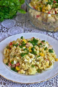 Sałatka z kuskusem i tuńczykiem II – Smaki na talerzu Fried Rice, Fries, Food And Drink, Ethnic Recipes, Nasi Goreng