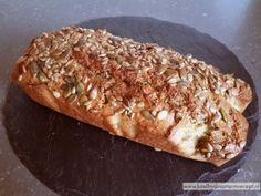 koolhydraatarm brood (CDK in db) Paleo Bread, Bread Recipes, Low Carb Recipes, Gluten Free Recipes, Healthy Recipes, Healthy Sweets, Healthy Snacks, Low Carb Crackers, Bread Substitute