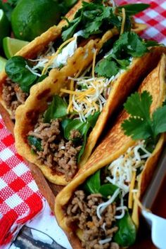 Low Carg Taco shells made with pork rinds - 1 net carb per taco shell