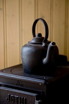 Jotul wood burning stove.  http://shepherdscoffeepot.jpg