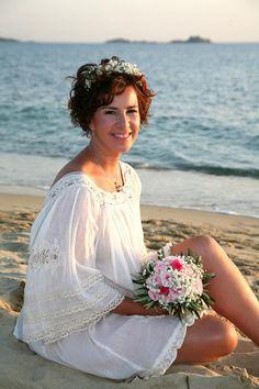 Beautiful Sunset, Beach Themes, Wedding Planner, Cover Up, Flower Girl Dresses, Elegant, Wedding Dresses, Fashion, Wedding Planer