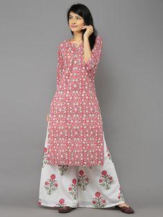Pink Block Printed Mulmul Kurta with Off White Pink Palazzos - Set of – The Loom Pakistani Dresses, Indian Dresses, Indian Outfits, Indian Attire, Indian Wear, India Fashion, Boho Fashion, Punjabi Fashion, Modest Fashion