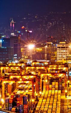 Hong Kong Container Terminal (Hong Kong) Container Terminal, Winning Lottery Numbers, Maersk Line, Sea Of Stars, Aviation Technology, Invisible Cities, Cape Verde, Transport Logistics, Hong Kong
