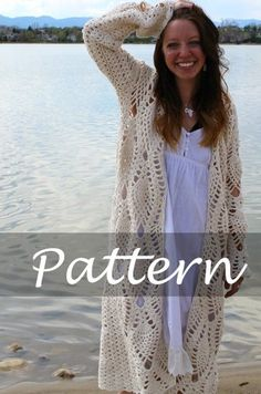 [I really want to crochet a housecoat this year. I have the yarn, I think this MIGHT be the project] Revelry: The Pineapple Robe pattern by Sara Dudek.for my crocheting friends.this would be awesome for Autumn! Gilet Crochet, Crochet Coat, Crochet Jacket, Crochet Cardigan, Crochet Shawl, Crochet Clothes, Crochet Sweaters, Crochet Granny, Mode Crochet