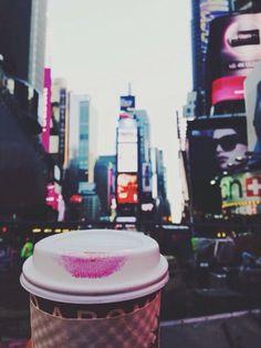Parada obligada de café y ¡Listas para comenzar el recorrido!