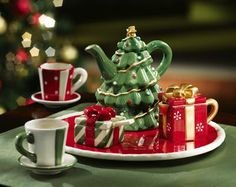 Tree Mini Collectible Holiday Teapot & Tea Set from Collections Etc - Tea Set - Ideas of Tea Set - . Tree Mini Collectible Holiday Teapot & Tea Set from Collections Etc Christmas Tea Party, Christmas China, Christmas Dishes, Christmas Tablescapes, Christmas Time, Cocina Mickey Mouse, Childrens Tea Sets, Christmas Dinnerware, Teapots And Cups