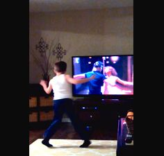 Charlie vs Swayze: Watch this kid bust a move to the movie �Dirty Dancing�