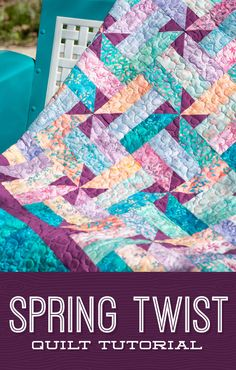 Spring Twist Quilt A quick and easy fence rail pattern but with a twist Watch as Jenny Doan transforms a classic fence rail block by snowballing the corners to create dar. Missouri Quilt Tutorials, Quilting Tutorials, Quilting Projects, Quilting Designs, Quilting Ideas, Crazy Quilting, Missouri Star Quilt Pattern, Patchwork Quilt Patterns, Scrappy Quilts