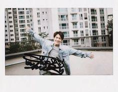 2015 YG audition next generation on We Heart It Kim Jinhwan, Hanbin, Polaroid Photos, Polaroid Film, Polaroids, Sweet Guys, Yg Entertainment, Kpop Boy, South Korean Boy Band