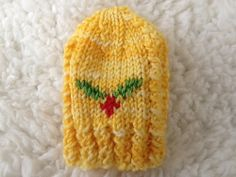 Ravelry: Holly Dreams Part 1 Mitts pattern by Meagheen Ryan