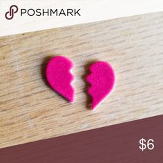 """🆕 Pink Broken Heart Earrings Handmade earrings with pink broken heart charms.  We offer 15% off on all bundles. You can """"Add to Bundle"""" to get discount.  Most items listed are ready to ship but if you need something sooner please let us know before ordering.  Thank you for shopping my closet! Country Mermaids Jewelry Earrings"""