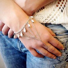 Ibero Santorini collection bracelett. Ibero Santorini malliston kämmenkoru,
