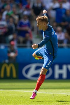 #EURO2016 France's Antoine Griezmann scores his sides second goal during the UEFA Euro 2016 Round of 16 match between France v Republic of Ireland at Stade de...