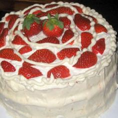 Strawberries and Cream Cake, easy, delicious, and makes a great presentation.
