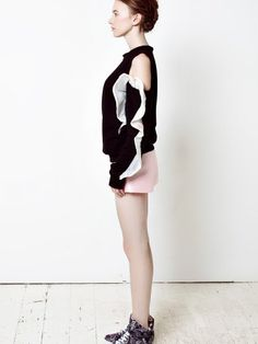 https://www.notjustalabel.com/shop/bysun/light-pink-silk-flares-sweatshirt