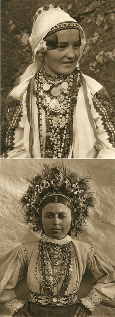 Mirifica Romanie in Alb Si Negru - 1933 Costume Castle, Cinema Theatre, Gypsy Life, Folk Embroidery, Wild Style, Turbans, Christmas Carol, World Heritage Sites, First World