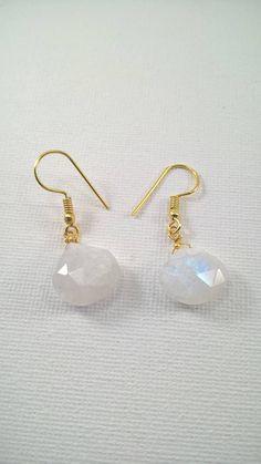 Moonstone earrings White moonstone earrings earrings gold