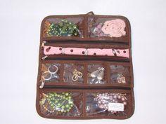 Porta Bijuterias de viagem marrom e rosa