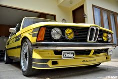 Service Repair Workshop Manuals to repair every part of any BMW or service it all, from bumper to bumper. Guaranteed best manuals in industry. Bmw E21, Bmw Alpina, Bmw Classic, Bmw 3 Series, Bmw Cars, Repair Manuals, Vintage Cars, Dream Cars, Autos Bmw