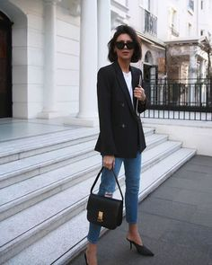 Black Blazer Outfit Ideas Collection black blazers for women trendy outfit ideas 2020 Black Blazer Outfit Ideas. Here is Black Blazer Outfit Ideas Collection for you. Outfit Chic, Blazer Outfits Casual, Blazer Fashion, Chic Outfits, Trendy Outfits, Black Blazer Outfit Casual, Denim Outfit, Black Jacket Outfit, Dress Outfits