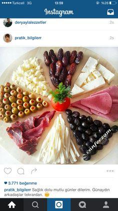 Stings / E + D- Kalte Platten u Deko - Comida Iftar, Appetizer Recipes, Appetizers, Turkish Breakfast, Food Garnishes, Food Platters, Food Displays, Food Decoration, Turkish Recipes