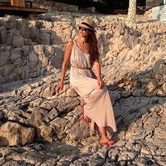 """Eva González - Blog 'Las Tentaciones de Eva' 2012/2013 """"Hvar"""" http://las-tentaciones-de-eva.blogs.elle.es/2013/08/02/hvar/"""