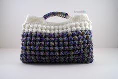 bobble clutch crochet purse pattern