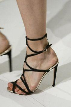 Zapatos, los Zapatos de Patricia - El Blog de Patricia : ¿Damos un paseo por los zapatos de la Alta Costura de París? Valli