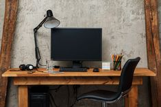 As market demand and the mobility of the people are getting higher nowadays, it pushes some offices to… The post Home Office Ideas appeared first on Don Pedro. Home Office Organization, Organizing Your Home, Organization Ideas, Design Your Home, Home Office Design, Workbench With Drawers, Office With A View, Home Office Table, Vintage Bookshelf