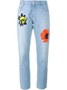 Shoppen Stella McCartney Flower Embroidered Jeans von Cose aus den weltbesten Boutiquen bei farfetch.com/de. In 400 Boutiquen an einer Adresse shoppen.