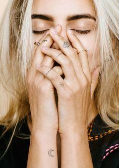 Fingers. | Tattoologist | Bloglovin'