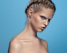 model: Helena Nielsen Heiselberg | Makeup: Nelle Fredsgaard - Hair: Malue Pedersen