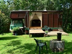 tree of life organics horse box glamping in cornwall Earn Money From Home, How To Make Money, Horse Box Conversion, Canopy And Stars, Vegetable Boxes, Mobile Living, Gypsy Wagon, Gypsy Caravan, Camping 101