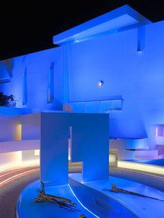 Projeto arquitetônico é o mexicano autodidata Miguel Angel Aragonés.