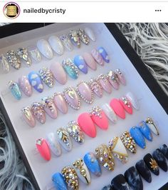 Bling Acrylic Nails, Simple Acrylic Nails, Sparkle Nails, Glam Nails, Rhinestone Nails, Glue On Nails, Acrylic Nail Designs, Stiletto Nails, Gorgeous Nails