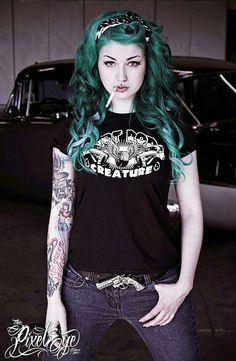 Apparently I have a new girl crush. Johnny Depp, Pin Up Girls, Hot Girls, Vintage Goth, Victoria, Button Dress, Pin Up Style, Green Hair, Inked Girls