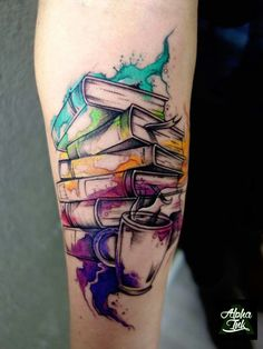 Awe-inspiring Book Tattoos for Literature Lovers - KickAss Things - watercolor books tattoo © Levi's Levi's tattoo artist Alpha Ink Gdynia 💕📚💕📚💕📚 - B Tattoo, Tattoo Diy, Tattoo Style, Piercing Tattoo, Piercings, Body Art Tattoos, Small Tattoos, Sleeve Tattoos, Tattoo Quotes