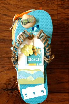 Flip Flop mini album - perfect for beach and vacation photos. https://www.etsy.com/listing/164198511/handmade-flip-flop-embellished-mini?ref=related-6 $40.00