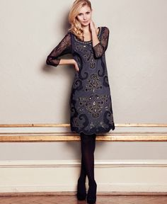 <3 New Fashion, Fashion News, Cream Outfits, Vintage Roses, Formal Wear, High Neck Dress, Classy, Beauty, Grey