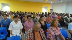 Participants experience Meditation for the first time at CIM presentation in Queretaro, Mexico