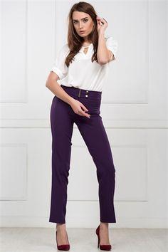 İRONİ DAR PARÇA MOR PANTOLON Capri Pants, Style, Fashion, Swag, Moda, Capri Trousers, Fashion Styles, Fashion Illustrations, Outfits