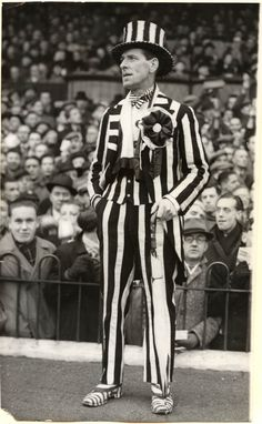 Peter Anderson, Newcastle United Supporter Black N White Images, Black And White, Newcastle United Football, Image Foot, St James' Park, Saint James, 4 Life, Vintage Photos, Third