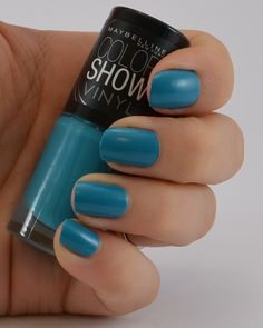 Maybelline color show vinyl Nagellack teal the deal