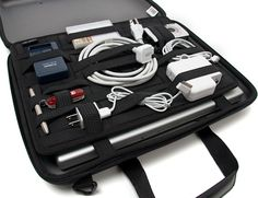 Hands-On With The Cocoon Laptop Case Featuring The GRID-IT Organization System   OhGizmo!