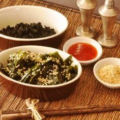 You love the wakame salad available in the sushi shop? Here's your chance to make your own without the colouring & the many additives it contains!