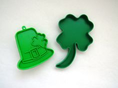 St Patricks Day Cookie Cutters - Set of 2 - Green Plastic Shamrock Leprechaun Hat - Baking Crafts Parties - St Paddys Day Decor Collectible by shabbyshopgirls on Etsy