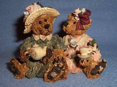 FOB BOYD BEARS EMMA & BAILEY AFTERNOON TEA retired 1995 bear
