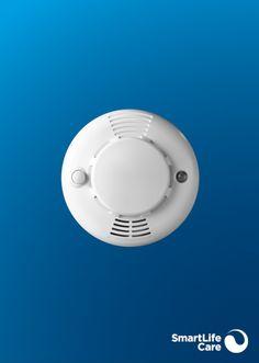 Der Rauchmelder alarmiert Sie im Brandfall mit einem akustischen Signal und löst automatisch einen Anruf aus. Signal, Cas, Black Bracelets, Acoustic Music, Light Blue, Black Braces, Telephone Call, Smoking