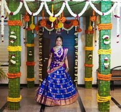 63 New Ideas For Wedding Backdrop Black Brides Wedding Hall Decorations, Marriage Decoration, Garland Wedding, Half Saree Lehenga, Sarees, Wedding Mandap, Wedding Dresses, South Indian Bride, South Indian Weddings