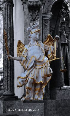 #DE #Neuzelle #KatholischePfarrkircheSanktMarien #ErzengelMichaelmitSeelenwaageundFlammenschwert